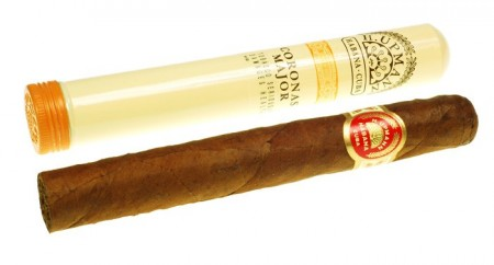 H. Upmann Coronas Major sigar AT